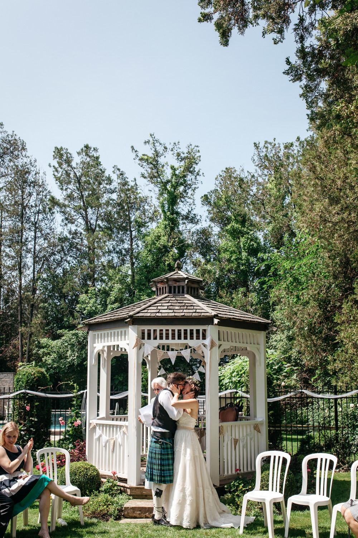 Wedding Day Kiss Oban Inn