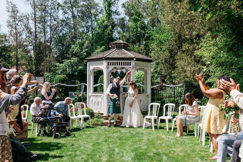 Niagara on the lake wedding photograher