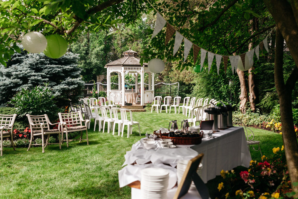 Niagara On The Lake Wedding Photographer Tessa Andrew At The Oban Inn Isos Photography