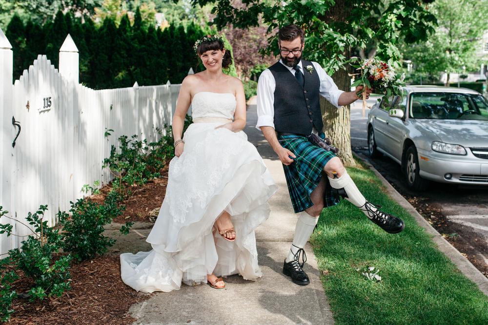 intimate wedding photos toronto