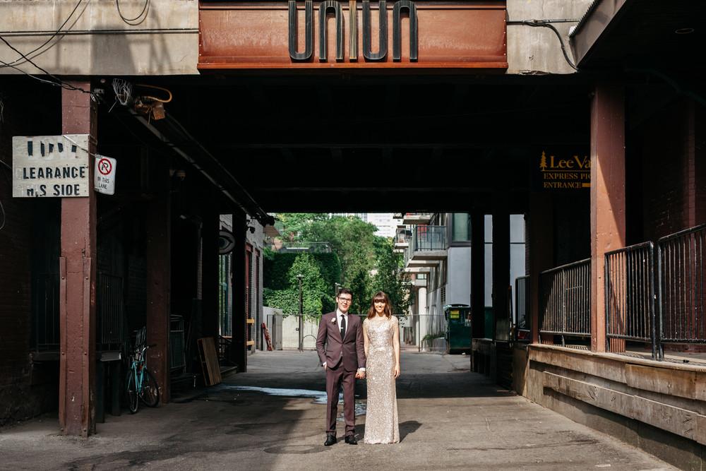 urban wedding photos toronto