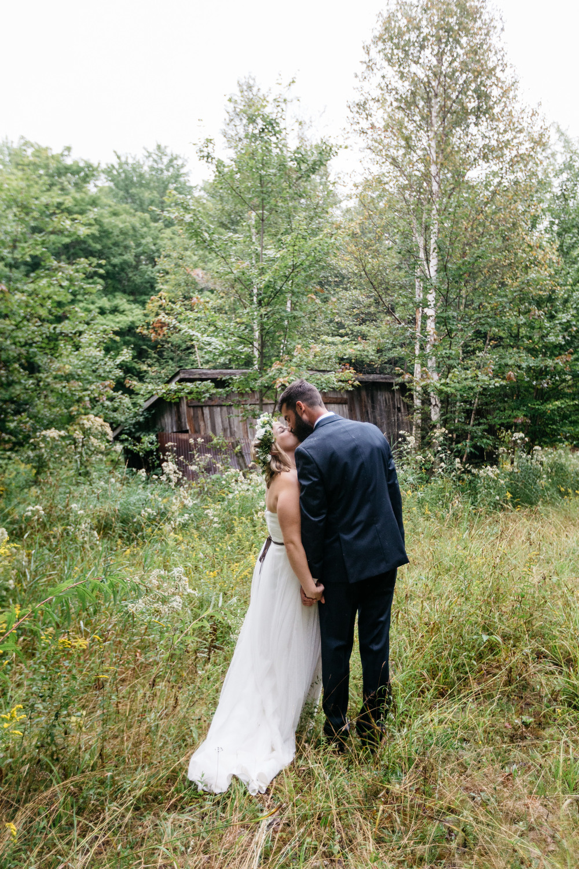 romantic muskoka forest wedding photography