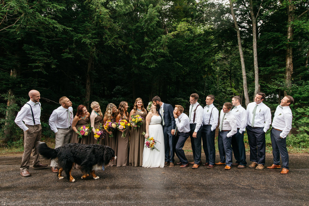creative bridal party photography