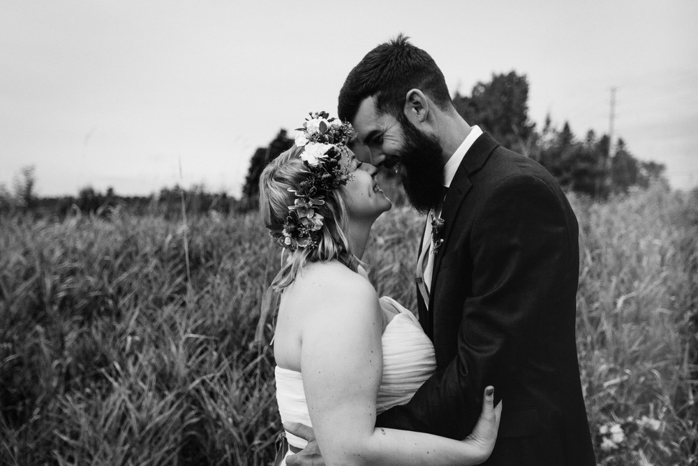 romantic cottage country wedding