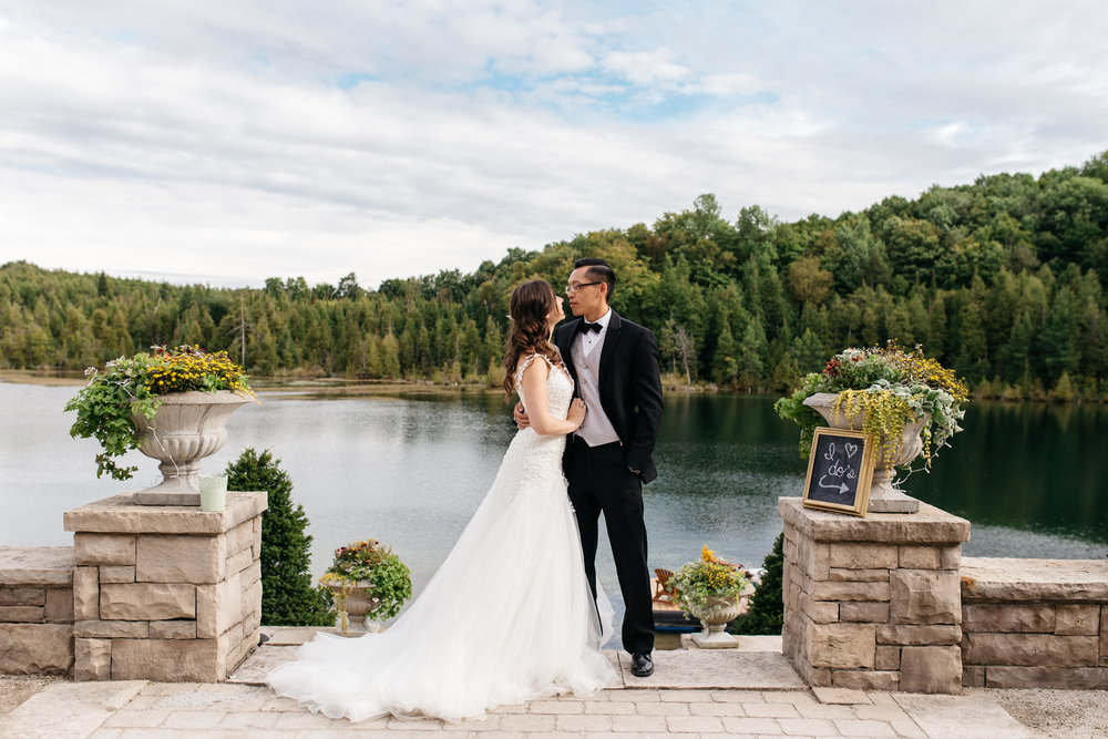 muskoka private lake wedding