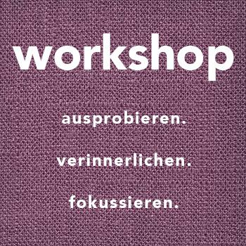 WORKSHOPS | 3-4 Std. Alle paar Wochen steht der Samstag ganz im Sinne des Yogas. Immer neue Trainer geben in mehrstündige Workshops die Möglichkeit Themenschwerpunkte und Kenntnisse zu vertiefen und dabei ganz ins Yoga einzutauchen. Hier findet ihr aktuelle Workshops.