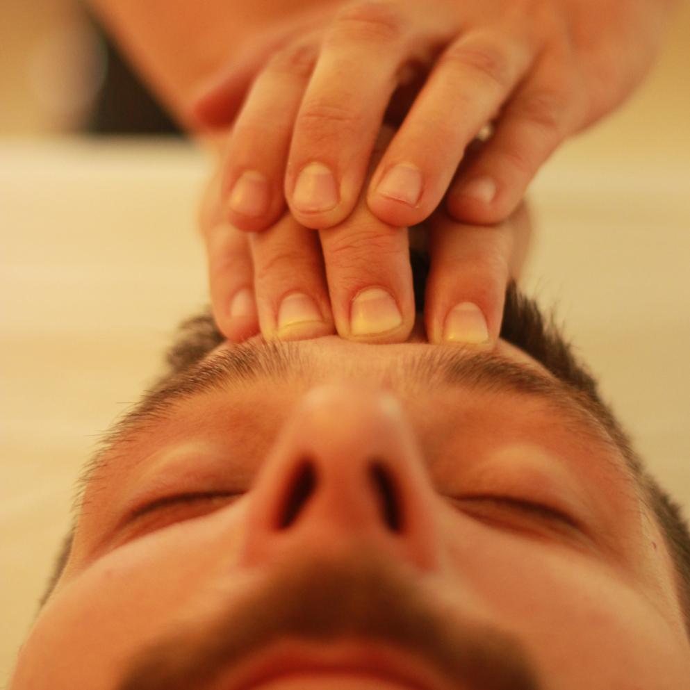 FLASHH_Koerperarbeit_massage_carolin