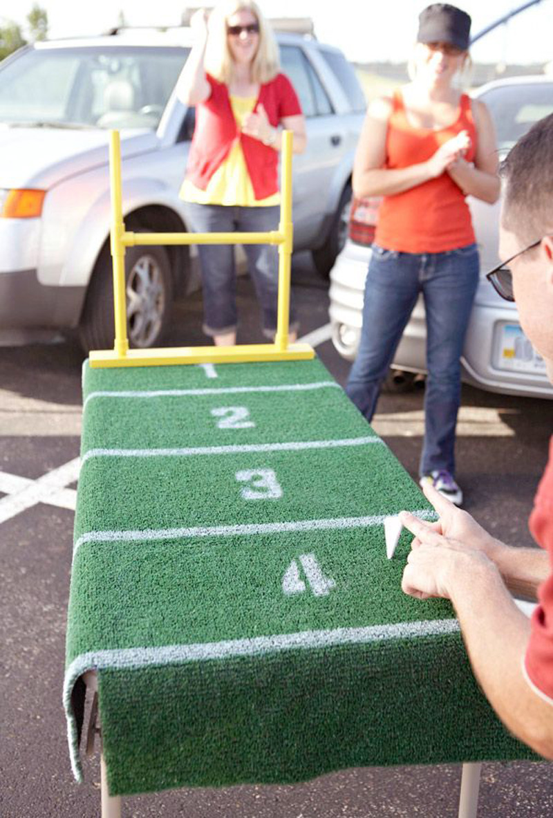 Tailget Ideas - DIY Paper Football Field