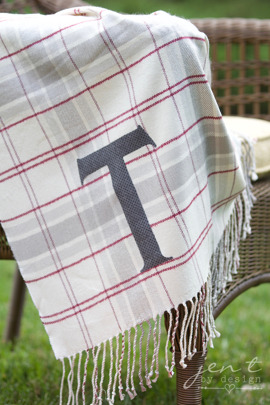 DIY Throw Blanket with the Cricut Maker 7.jpg