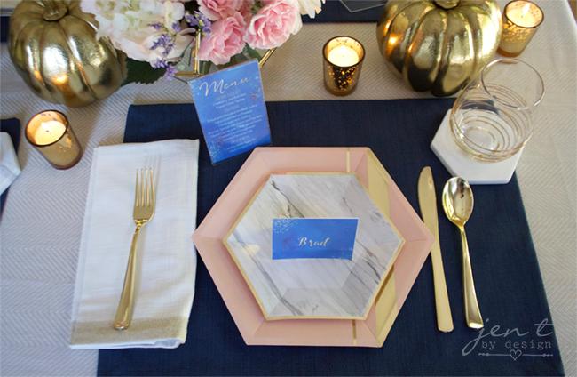 Pretty Thanksgiving Table Decor 2.jpg