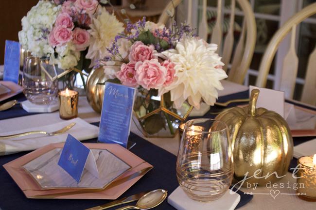 Pretty Thanksgiving Table Decor 3.jpg