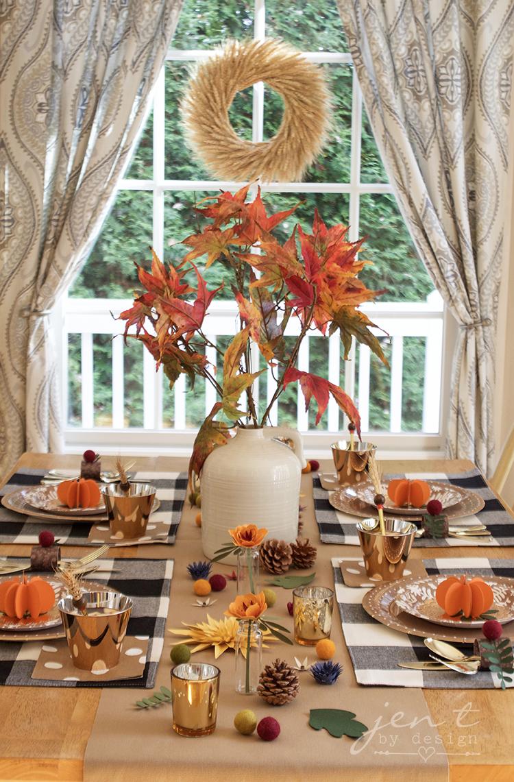 Buffalo Check Thanksgiving Table - Jen T by Design #ad #CricutMarthaStewart #MadeWithMichaels #CricutMade #Cricut