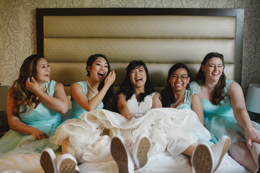 California Bride and her bridesmaids
