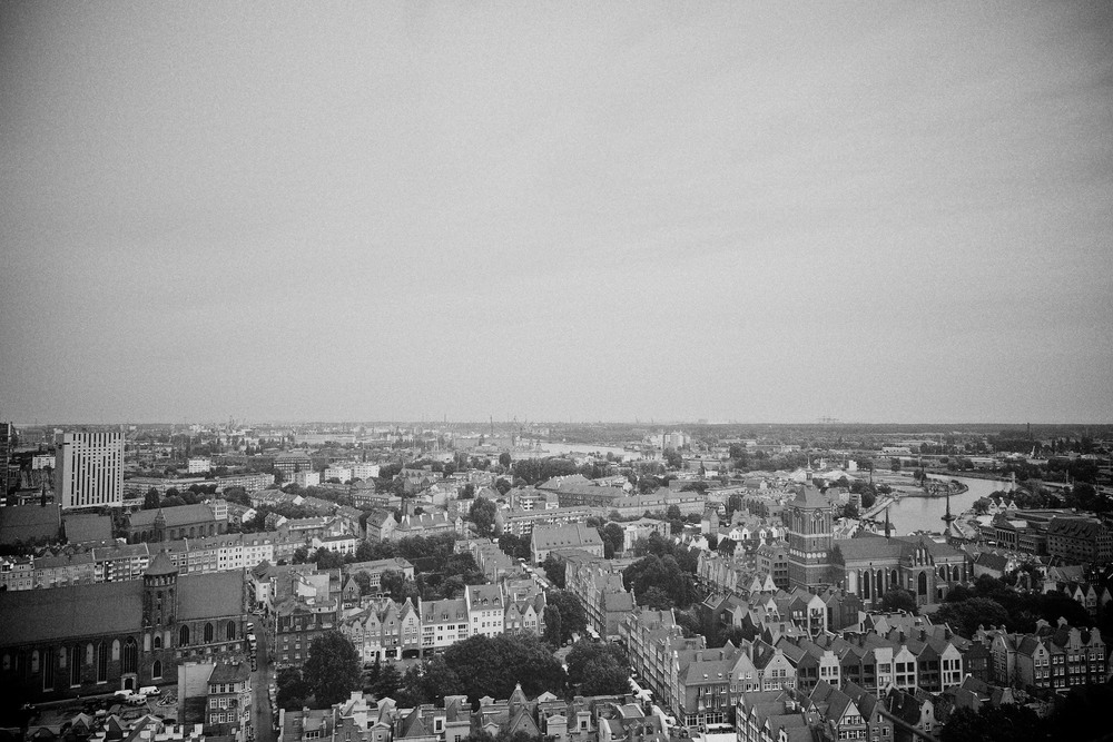 travel-trip-summer-sky-poland-gdansk-industrial-port-sea-black-white-grain-denis-bosnic-photography-20.jpg