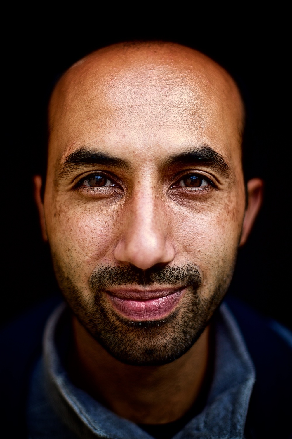 permanently-temporary-refugees-italy-rifugiati-italia-denis-bosnic-photography-portraits-1 (1).jpg