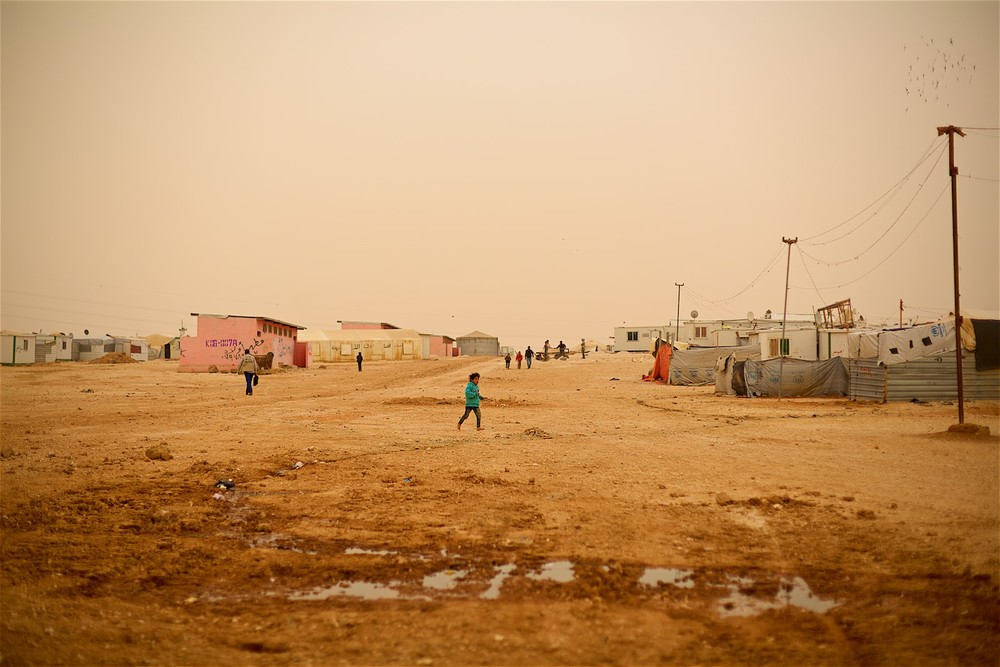 Zaatari is one of the biggest camps in the world with a fluctuating population between 60 000 and 120 000 inhabitants. (photo: Denis Bosnic)
