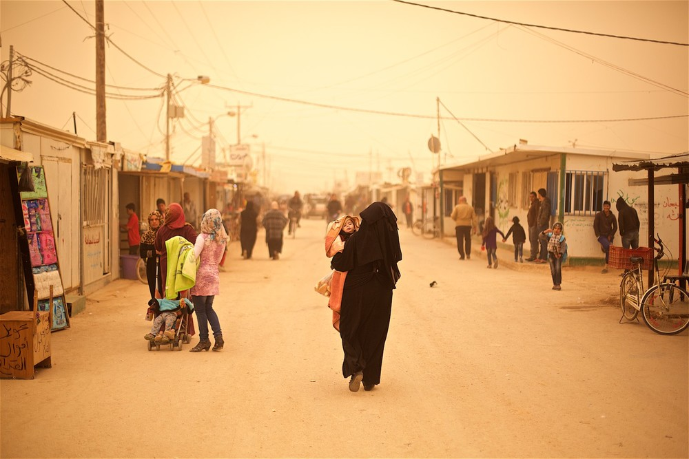 The weather situation in Zaatari is difficult for everyone, but especially for the little children who often suffer from lung-related diseases due to the frequent sand storms and the ever-present dust. (photo: Denis Bosnic)