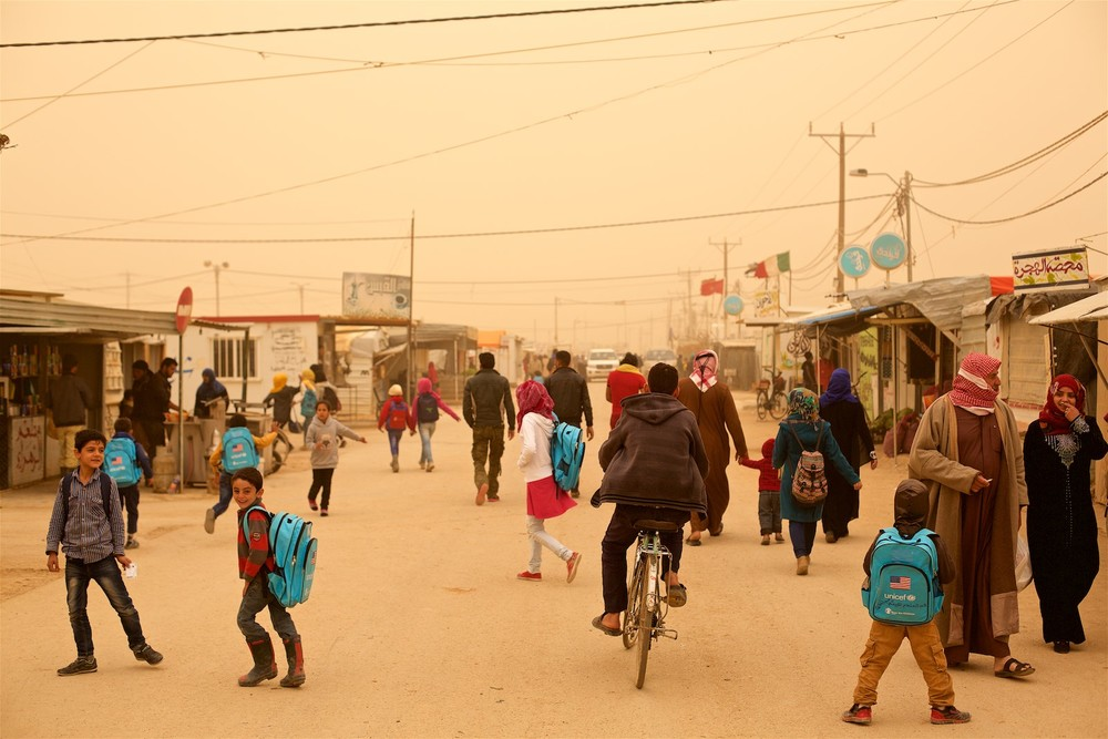 Hlavná ulica v tábore Zaatari, Jordánsko  (photo: Denis Bosnic)