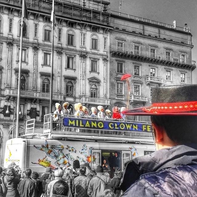 PIC bus_Duomo_bn_da Istagram.jpg