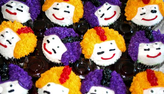 football-player-cupcakes.jpg