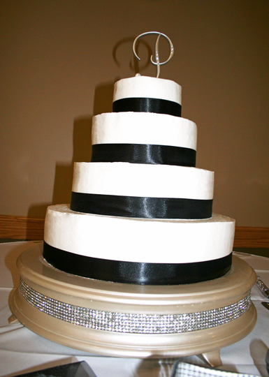 fall-wedding-tiered-cake-14.jpg