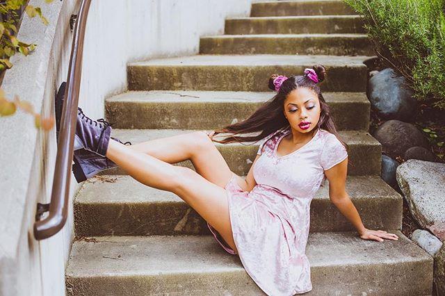 #wcw @makailahminer #throwback #90sinspired #90sfashion #90skids #picoftheday #photooftheday #portraitoftheday #fashion #ediotorial #portrait #photography #seattlemodel #seattlephotographer #fashiondaily #instagood #instapic #naturallight #dress #pink #instafashion #instafamous #pnwwonderland #fashionjunkie #90snostalgia