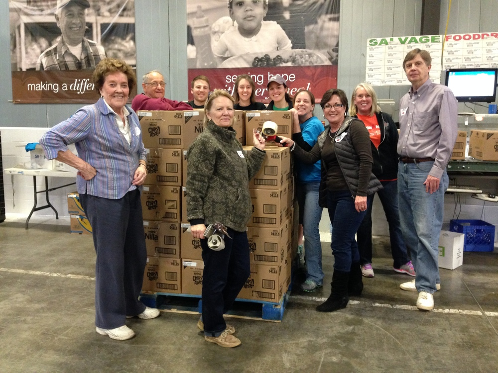 The group from Broadway had a great time working together on our February volunteer date.