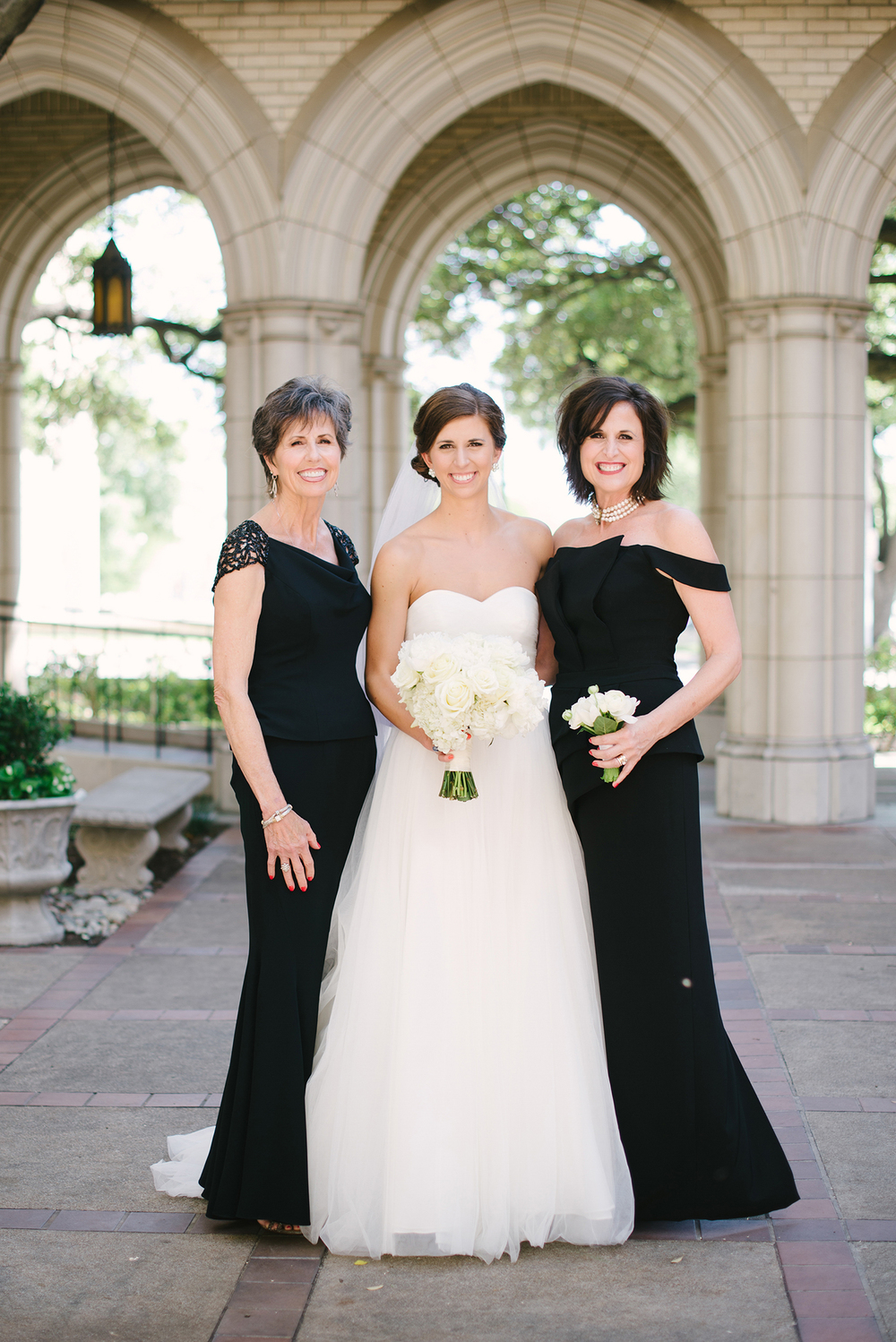 Emily-Ann-Hughes-Photography-Texas-Wedding-Photography-Vickory-at-809-18.jpg