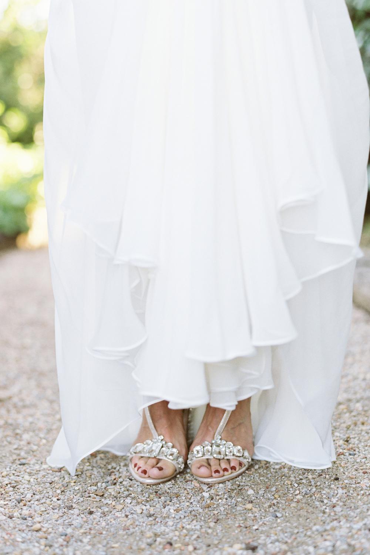 Reem-Acra-Bride-Garden-Bridal-Inspiration-07.jpg