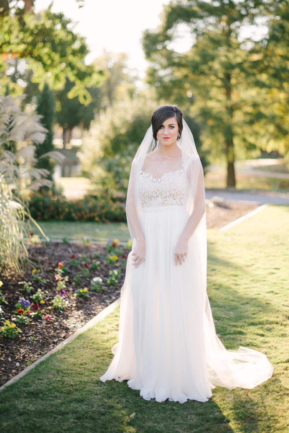 Reem-Acra-Bride-Garden-Bridal-Inspiration-21.jpg