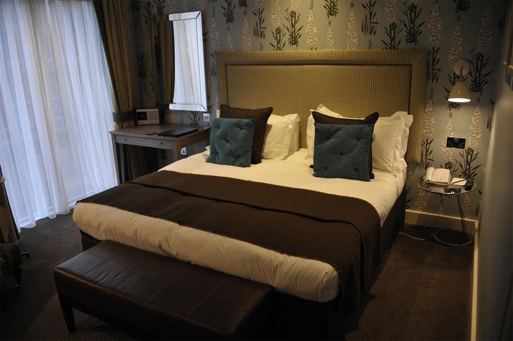 Hospitality_alma 47-04d-01-57 copy.jpg