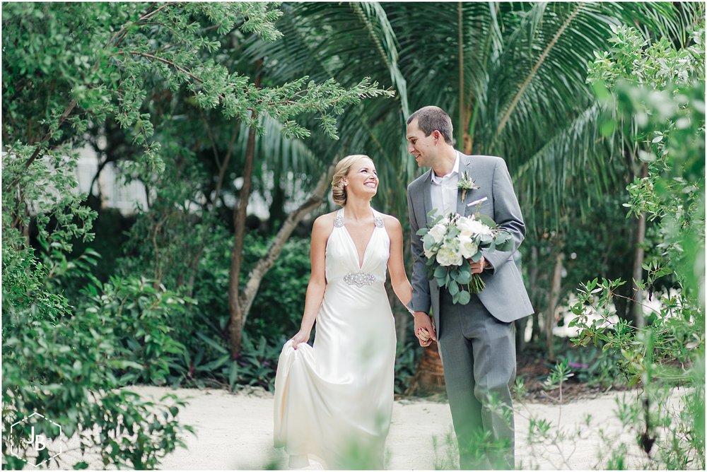 WeddingandEngagementFloridaPhotographer_1080.jpg