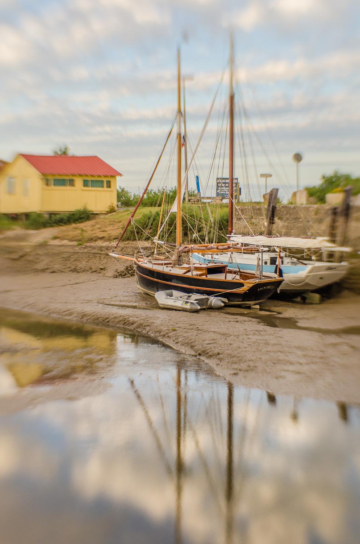 Boats-lensbaby-1-2013.jpg