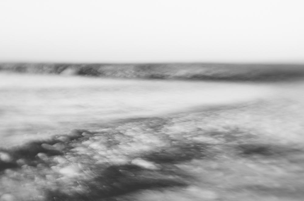 IledeRé-beach-lensbabyB&W-2013.jpg