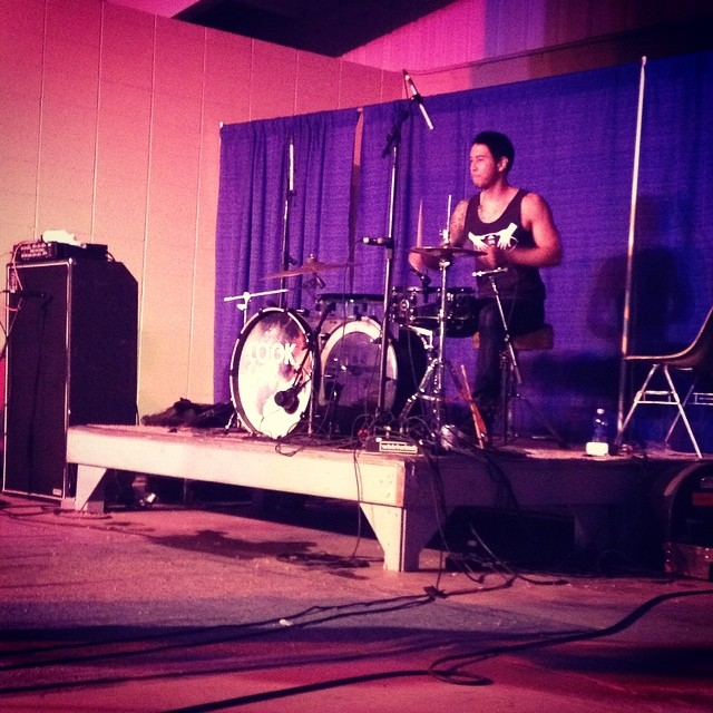 Why yes that IS peter furler's drummer using my drum kit! Oh and that's mikes bass amp too! #musicianshelpingmusicians