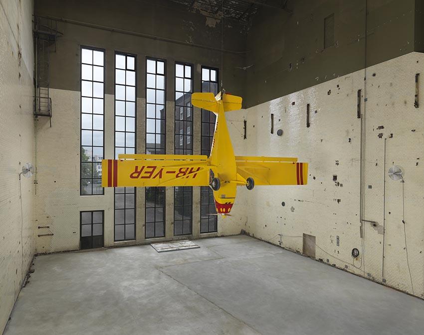 Roman Signer, Kitfox Experimental, 2014