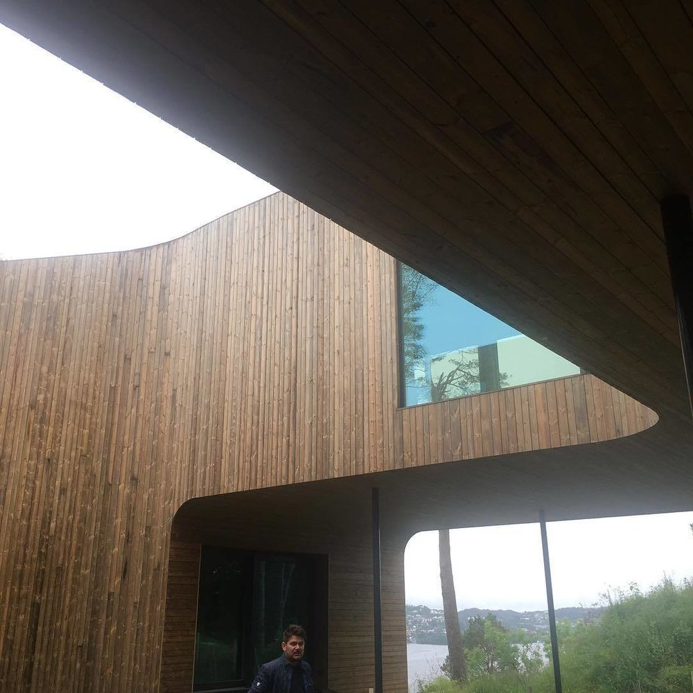 Villa Grieg overlooking Nordaas Lake. (Courtesy of Saunders Architecture)