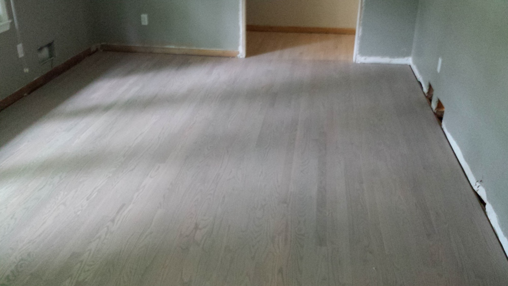 Custom hardwood flooring colors sullivan hardwood for Custom hardwood flooring