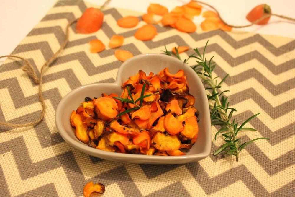 Garlic & Rosemary Carrot Crisps