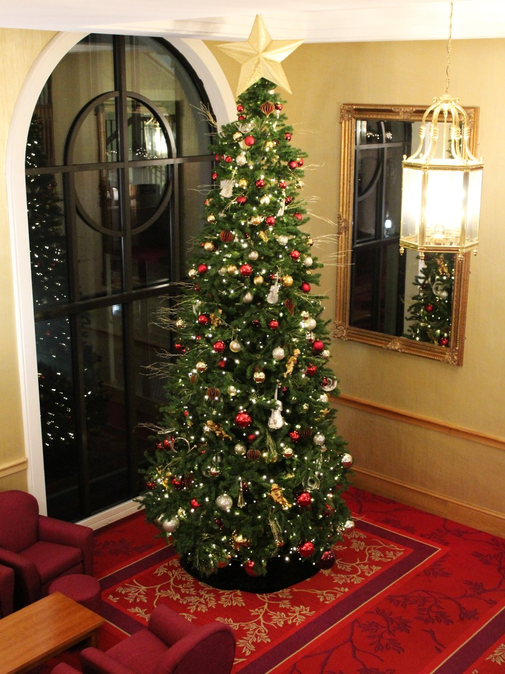 The impressive Christmas tree in the lobby