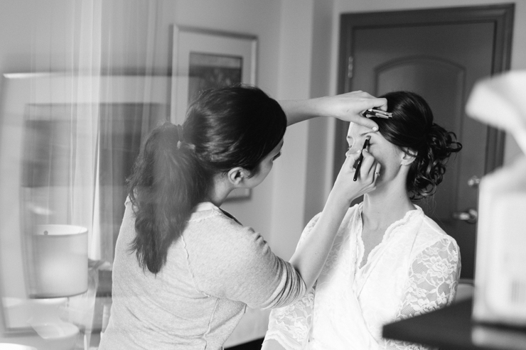 bride getting ready photography at the Blackhawk Hotel in Davenport, Iowa