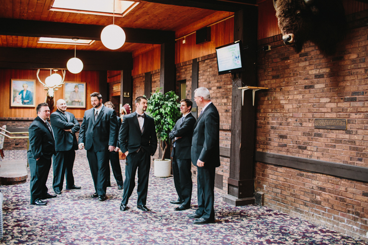 groomsmen getting ready by meredith washburn photography