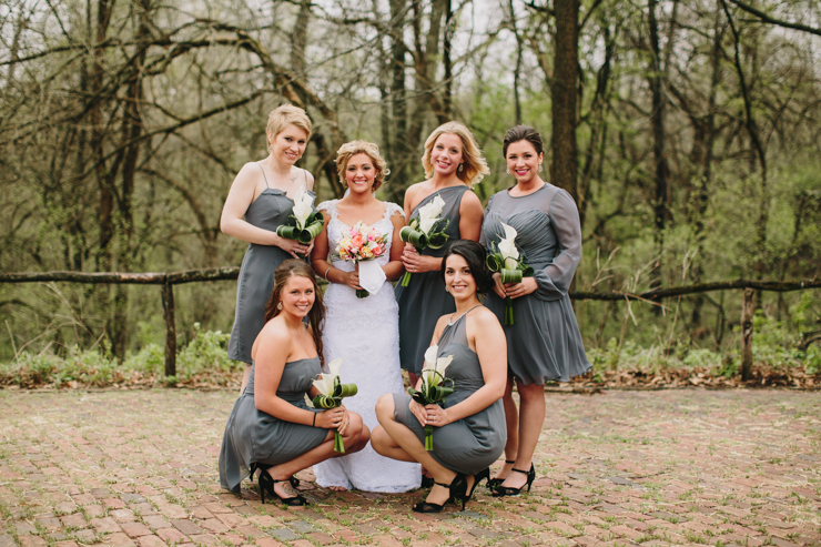 bridesmaids getting ready by meredith washburn photography