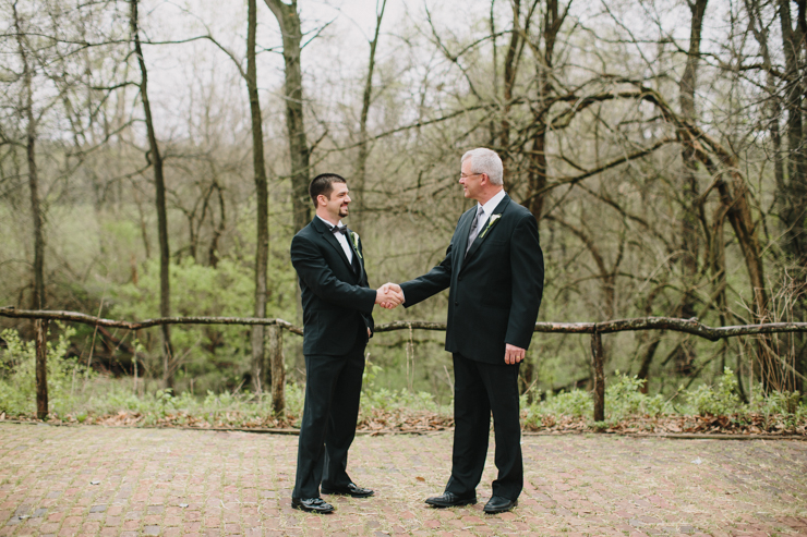 groom and dad on wedding day