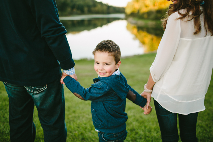 family photoshoot by meredith washburn photography