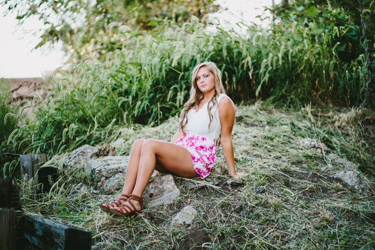 Senior Girl Photo Session by Meredith Washburn Photography