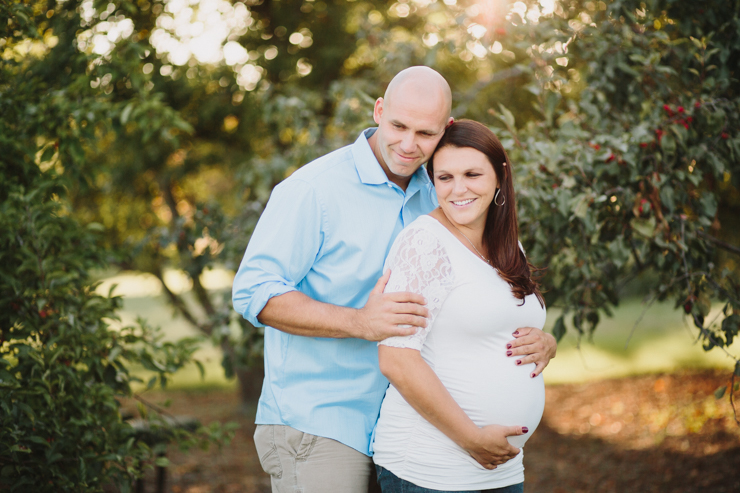 Husband and Wife Maternity Photos