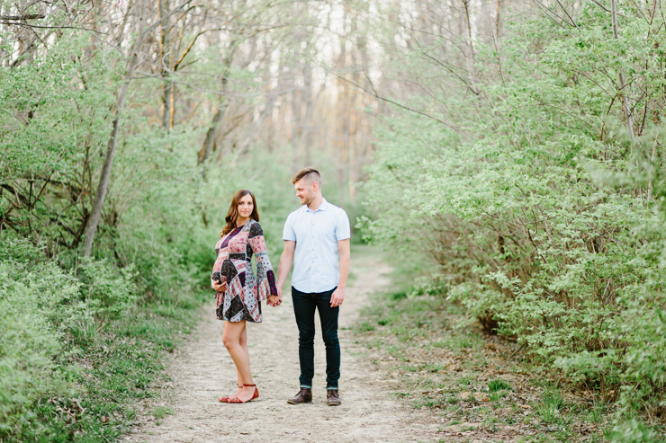 Soft and Warm and Summery Maternity Session by Meredith Washburn Photography