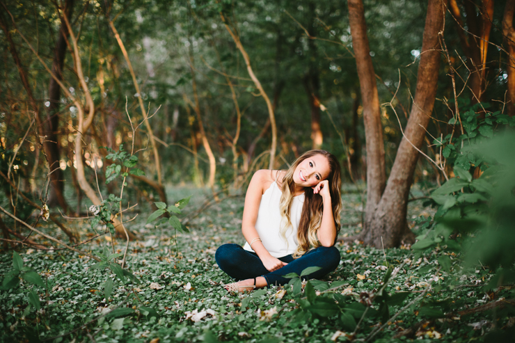 Midwest Outdoor Senior Girl Photography by Meredith Washburn
