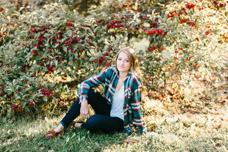 Outdoor senior girl photography portraits Peoria Illinois by Meredith Washburn Photography